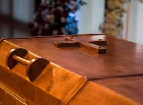 The Story Behind Billy Graham's Prison –Built Casket –Thomas Kidd